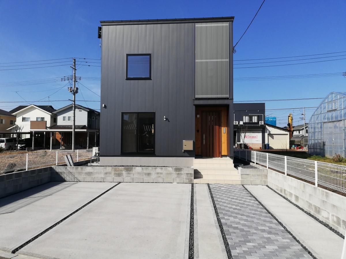 開放的な空間広がるナチュラルモダンな住宅